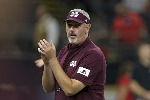 Former Mississippi State head coach Joe Moorhead is reportedly Oregon's new offensive coordinator. (AP Photo/Chuck Cook)