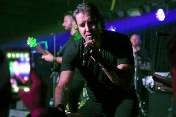 NEW YORK, NEW YORK – JANUARY 20: Recording Artist Scott Stapp performs at Webster Hall on January 20, 2016 in New York City. (Photo by Jerritt Clark/Getty Images)