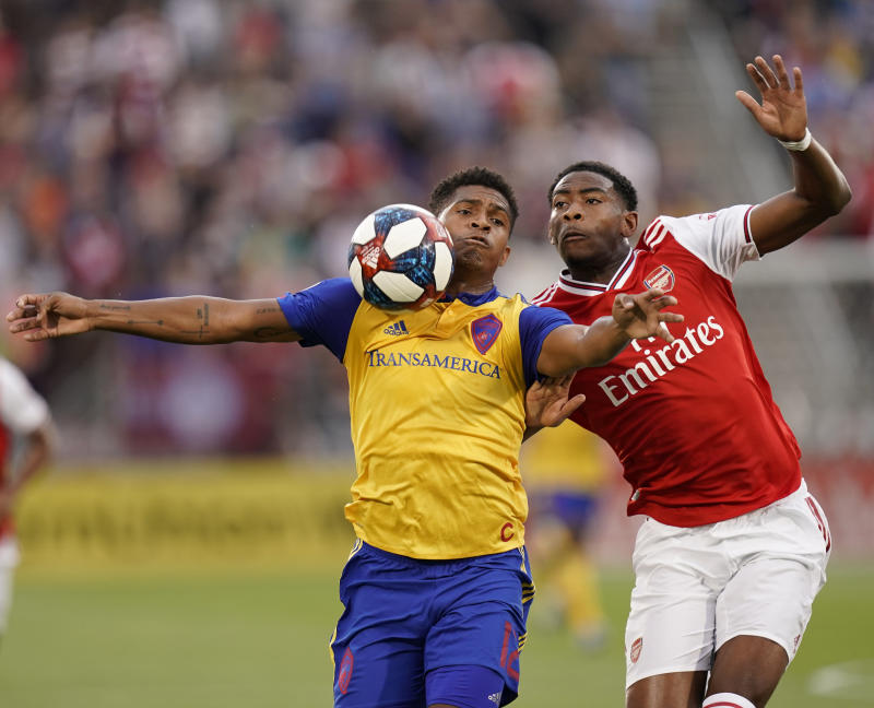 Arsenal tops Rapids 3-0 in friendly match