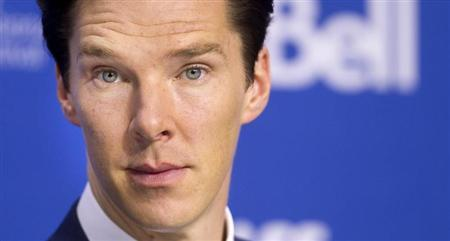 """Benedict Cumberbatch attends a news conference for """"The Fifth Estate"""" at the Toronto International Film Festival"""