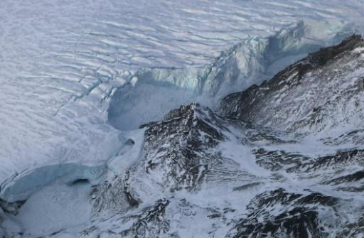 <p>Warming, melting Arctic is 'new normal'</p>