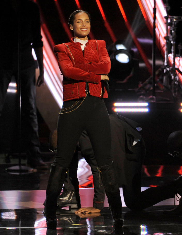 FILE - This Jan. 9, 2013 file photo shows Alicia Keys performing at the People's Choice Awards in Los Angeles. Keys will perform the national anthem before the NFL championship game on Feb. 3 in New Orleans, a person familiar with Super Bowl entertainment plans told The Associated Press on Friday, Jan. 18. (Photo by Chris Pizzello/Invision/AP, file)