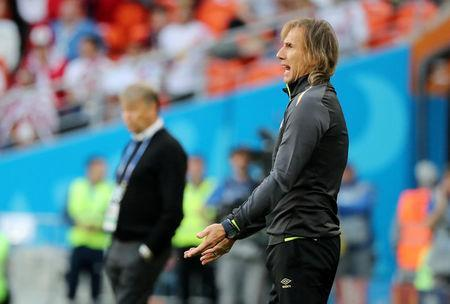 Soccer Football - World Cup - Group C - Peru vs Denmark - Mordovia Arena, Saransk, Russia - June 16, 2018 Peru coach Ricardo Gareca during the match REUTERS/Marcos Brindicci