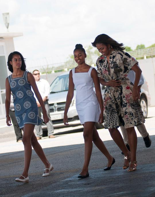 Sisters Sasha & Malia Obama Like to Share Clothes