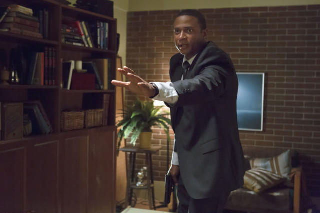 """""""Honor Thy Father"""" -- David Ramsey as Diggle"""