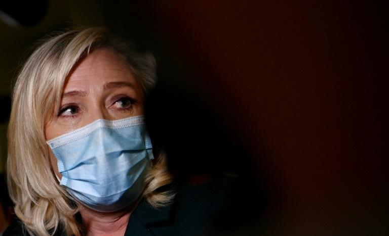 French far-right leader Marine Le Pen told the retired generals she shares their sentiment and invited them to back her campaign