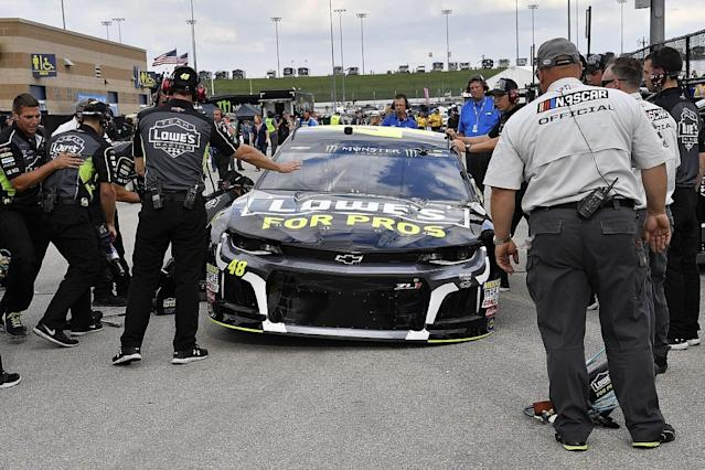 NASCAR frustrated by teams' inspection failures