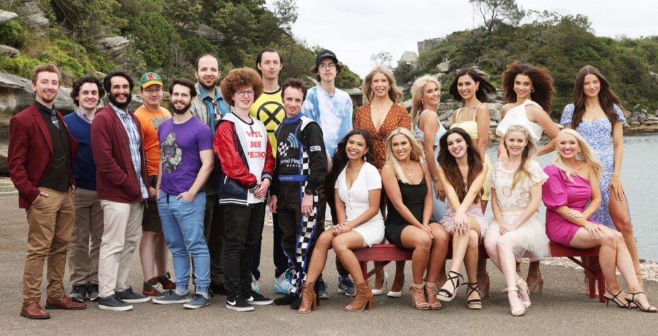 The contestants on Beauty and the Geek 2021.