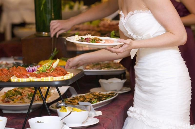 Caterer Sued For Wedding Food Poisoning