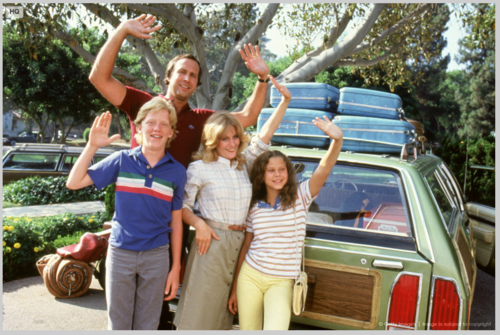Family waving from the movie 'Vacation'