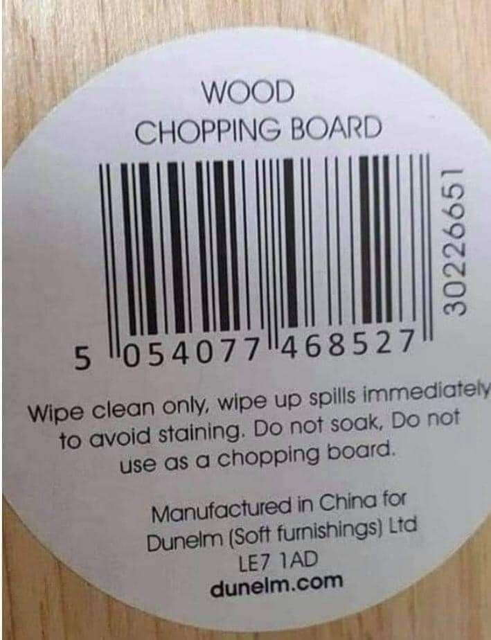 """A confusing label on a chopping board when viral recently after people realised it said it shouldn't be used """"as a chopping board"""". Photo: Facebook"""