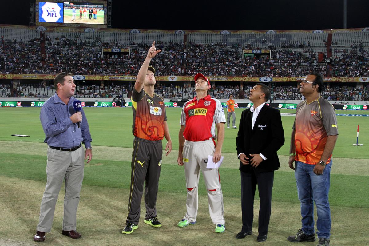 Camroon White tossed the coin for match 25 of the Pepsi Indian Premier League between The Sunrisers Hyderabad and The Kings XI Punjab held at the Rajiv Gandhi International  Stadium, Hyderabad  on the 19th April 2013Photo by Prashant Bhoot-IPL-SPORTZPICS Use of this image is subject to the terms and conditions as outlined by the BCCI. These terms can be found by following this link:https://ec.yimg.com/ec?url=http%3a%2f%2fwww.sportzpics.co.za%2fimage%2fI0000SoRagM2cIEc&t=1506379736&sig=sJo76fdfSWGwwna7_VVlmg--~D