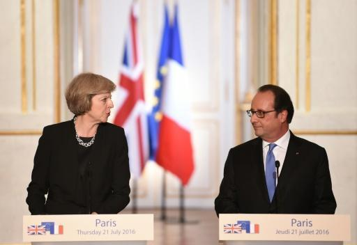 Hollande agrees Britain needs time to prepare Brexit talks