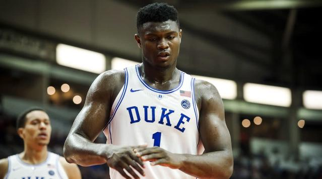 """<a class=""""link rapid-noclick-resp"""" href=""""/ncaab/players/147096/"""" data-ylk=""""slk:Zion Williamson"""">Zion Williamson</a> was among the top high school recruits in the country. He ultimately picked Duke. (AP)"""