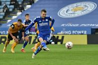 Leicester striker Jamie Vardy scores against Wolves from the penalty spot