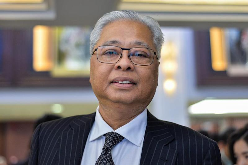 Ismail said the Opposition simply wanted to give Lim the opportunity to explain himself. ― Picture by Mukhriz Hazim
