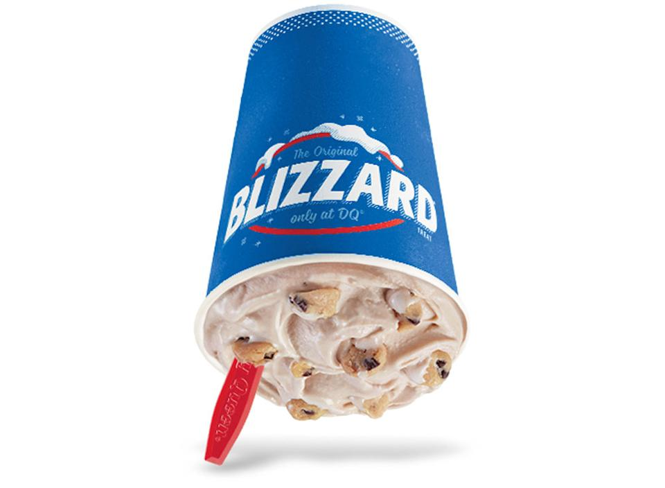 Dairy queen chocolate chip cookie dough blizzard
