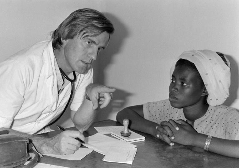 A disgreement about MSF's future path among its leaders came to a head over Vietnam in 1979, leading to some members including Kouchner leaving