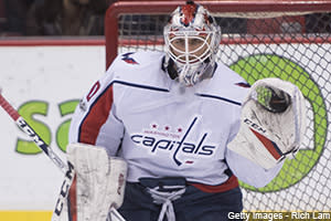 0nhl_holtby_300