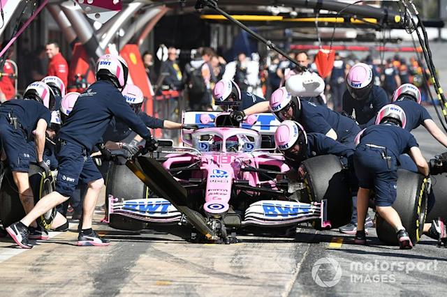 "Lance Stroll, Racing Point RP20, pit stop <span class=""copyright"">Mark Sutton / Motorsport Images</span>"