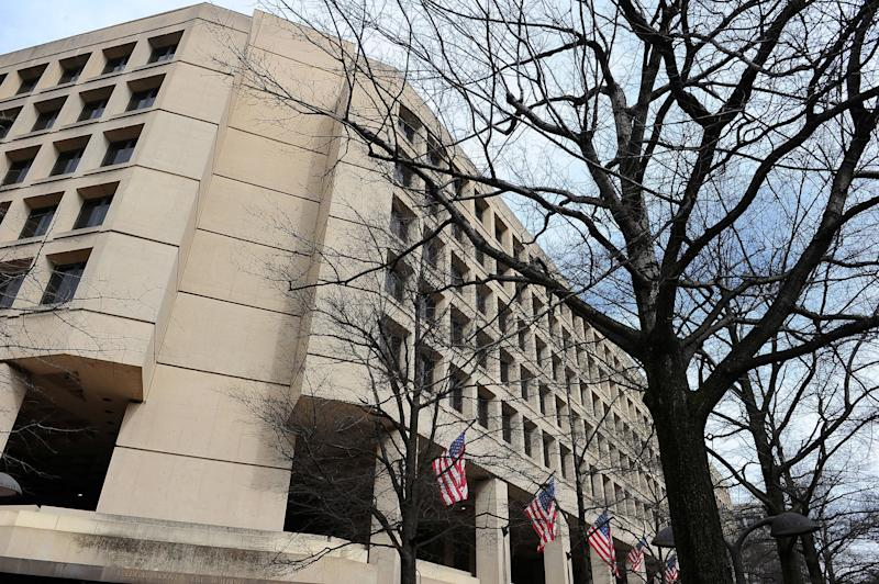 The J. Edgar Hoover FBI Building in Washington, D.C.  (Photo: Mary Calvert / Reuters)