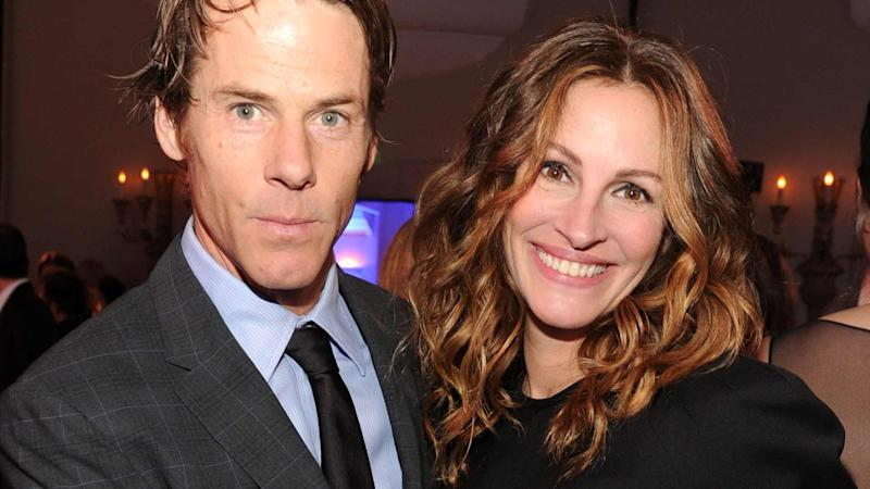 Julia Roberts Uses Her Husband S Face For Her Cell Phone