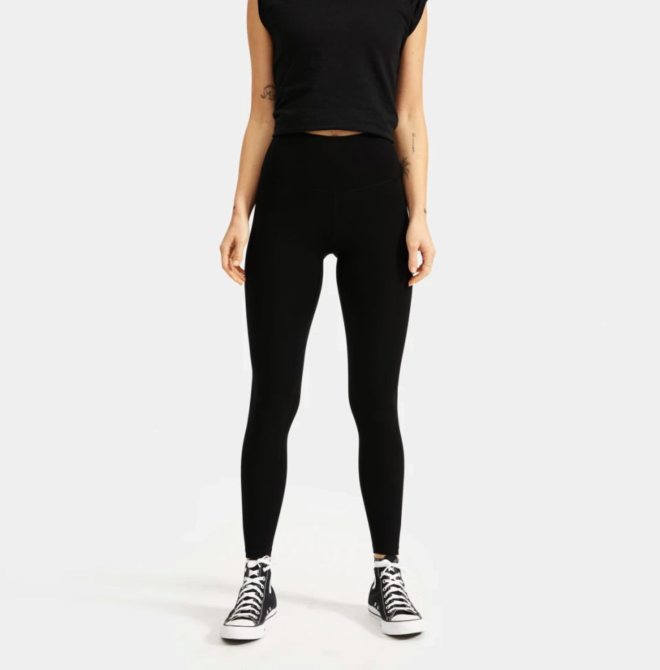 Everlane Perform Legging in Black