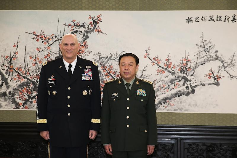 US army Chief of Staff General Ray Odierno (L) meets with Fan Changlong, Deputy Chaiman of the Central Military Commission at Bayi Building in Beijing on February 21, 2014