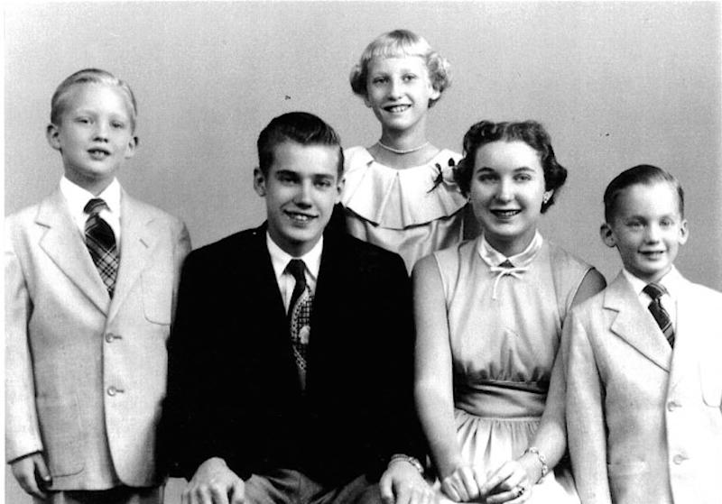 news donald trump brothers sisters fred freddy robert elizabeth maryanne mary photos siblings pictur