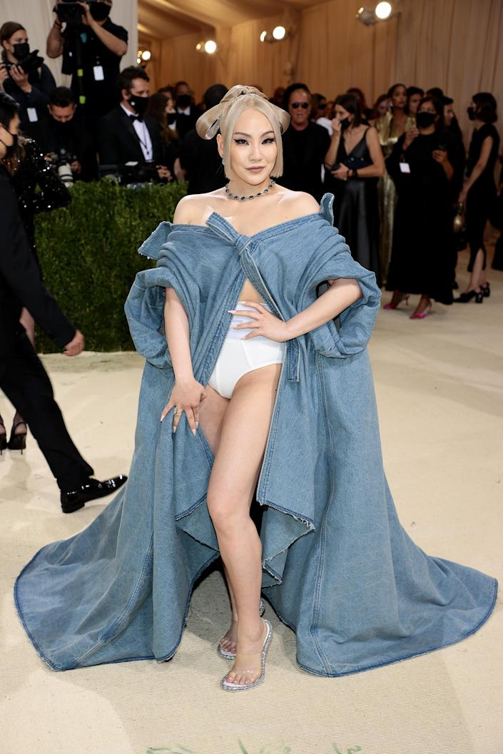 """<h1 class=""""title"""">CL in Alexander Wang</h1><cite class=""""credit"""">Photo: Getty Images</cite>"""