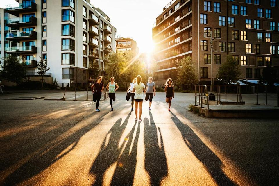 You can join groups that combine running with city sightseeing.