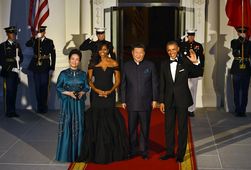 This Vera Wang gown, which the former first lady wore to a 2015 state dinner with Chinese President Xi Jinping and his wife, Peng Liyuan, screamed old Hollywood glamour.