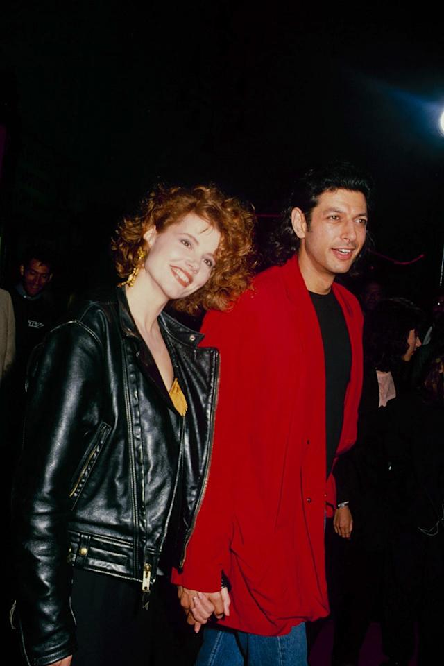 "<p>The moment Goldblum saw Davis on the set of their horror film <em>Transylvania 6-500,</em> he was instantly attracted to her. <em>GQ</em> documented their story in a feature at the time, <a rel=""nofollow"" href=""http://jezebel.com/remember-when-geena-davis-and-jeff-goldblum-were-marrie-1056666734?mbid=synd_yahoostyle"">per Jezebel</a>. They married in 1987, and even shared an <a rel=""nofollow"" href=""http://www.nytimes.com/1989/02/16/garden/helter-shelter-brian-murphy-designs-for-himself.html?mbid=synd_yahoostyle"">interior decorator</a>. ""They're delightful!,"" gossip columnist <b>Liz Smith</b> <a rel=""nofollow"" href=""https://news.google.com/newspapers?dat=19890602&hl=en&id=GERPAAAAIBAJ&mbid=synd_yahoostyle&nid=1350&pg=7228%2C6381851&sjid=_gIEAAAAIBAJ"">noted</a> in 1989. The pair divorced in 1990. During their marriage, they appeared in such films as <em>Earth Girls Are Easy</em> and <em>The Fly.</em></p>"