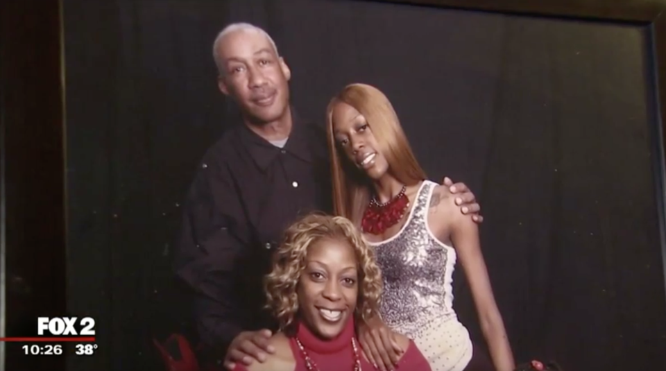 Rosalee Smith, bottom, is the legal guardian of her father, who has been diagnosed with bipolar schizophrenia. (Photo: Fox 2)