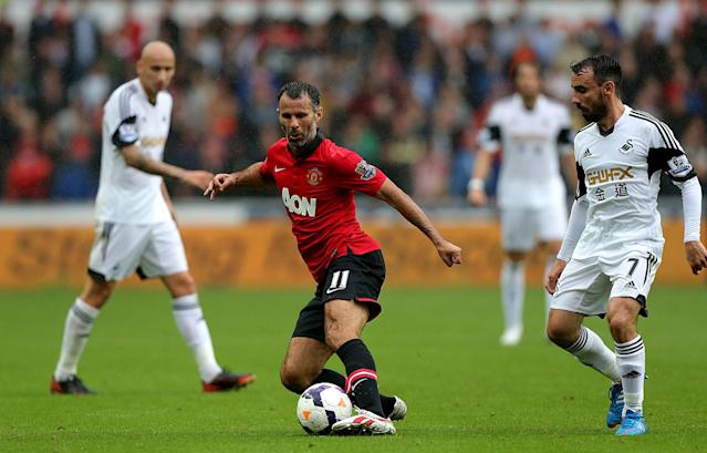 Manchester United's Ryan Giggs in action