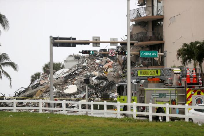 Residential building collapse in South Florida