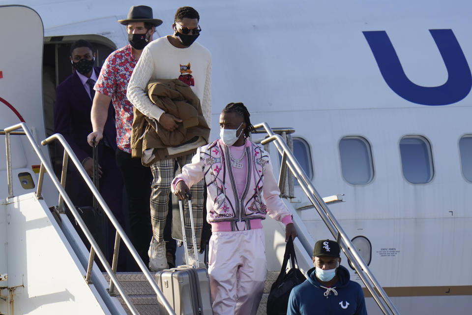 Kansas City Chiefs cornerback L'Jarius Sneed, center, arrives for the NFL Super Bowl 55 football game against the Tampa Bay Buccaneers, Saturday, Feb. 6, 2021, in Tampa, Fla. (AP Photo/Chris O'Meara)