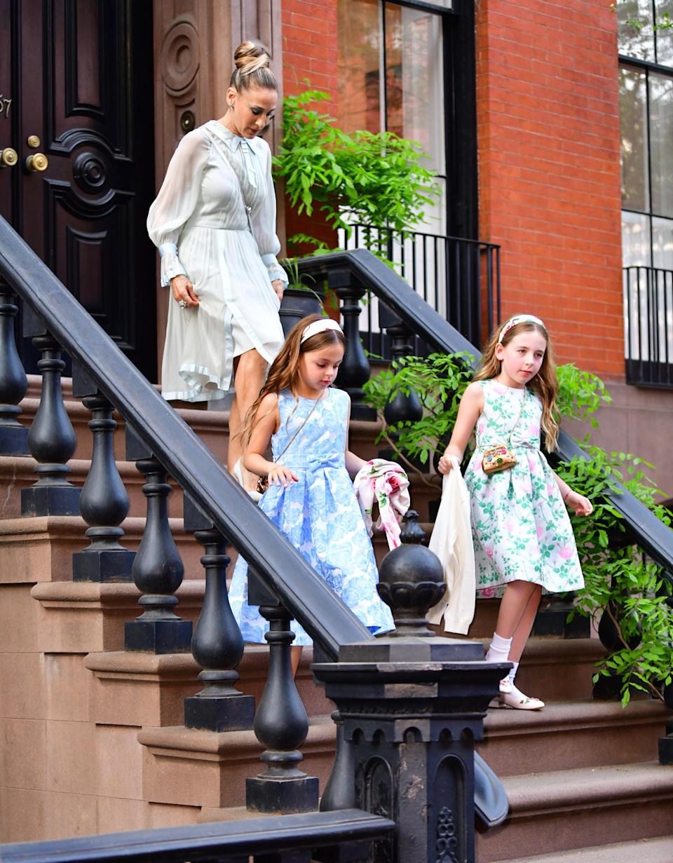 Sarah Jessica Parker, and Tabitha and Loretta Broderick seen on the streets of Manhattan on May 3, 2018. (Photo: James Devaney/GC Images)