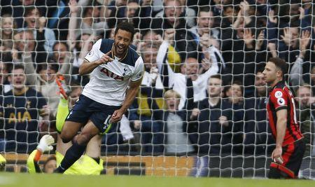 Britain Soccer Football - Tottenham Hotspur v AFC Bournemouth - Premier League - White Hart Lane - 15/4/17 Tottenham's Mousa Dembele celebrates scoring their first goal Action Images via Reuters / Paul Childs Livepic