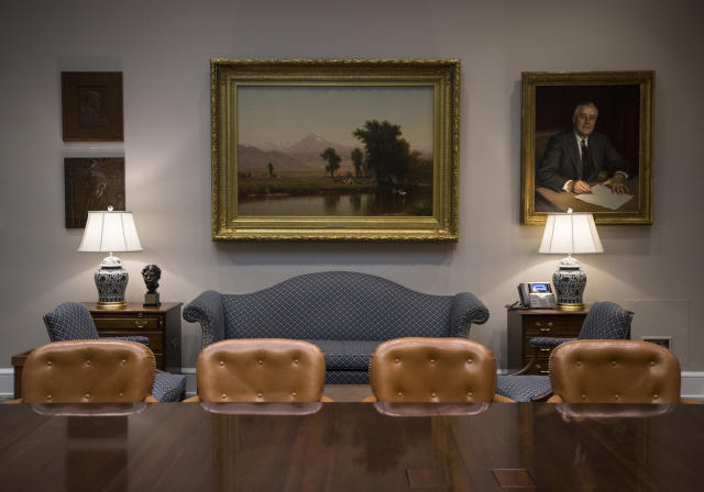 <p>The newly renovated Roosevelt Room of the White House in Washington, Tuesday, Aug. 22, 2017, is seen during a media tour. (Photo: Carolyn Kaster/AP) </p>