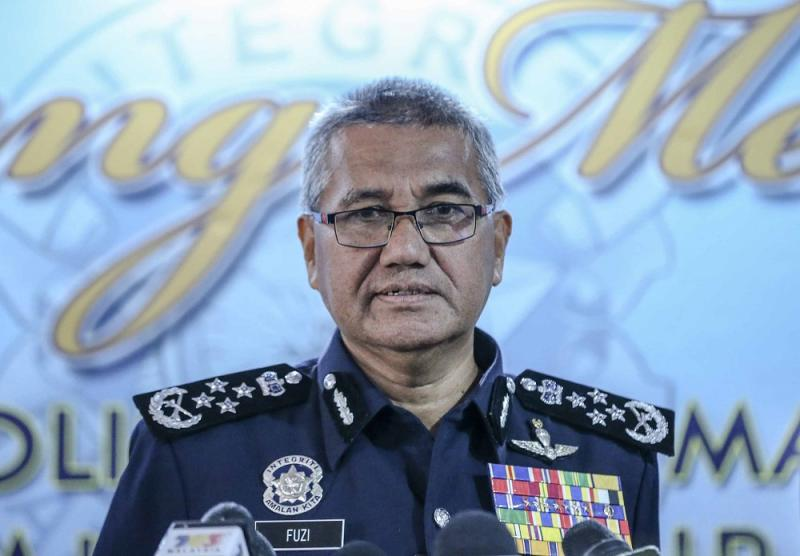 Inspector-General of Police Tan Sri Mohamad Fuzi Harun confirmed that Musa has since been released from custody after police failed to obtain a remand order for the former Sabah chief minister. — Picture by Firdaus Latif