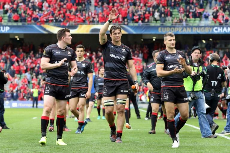 Saracens players celebrate victory on the final whistle on April 22, 2017
