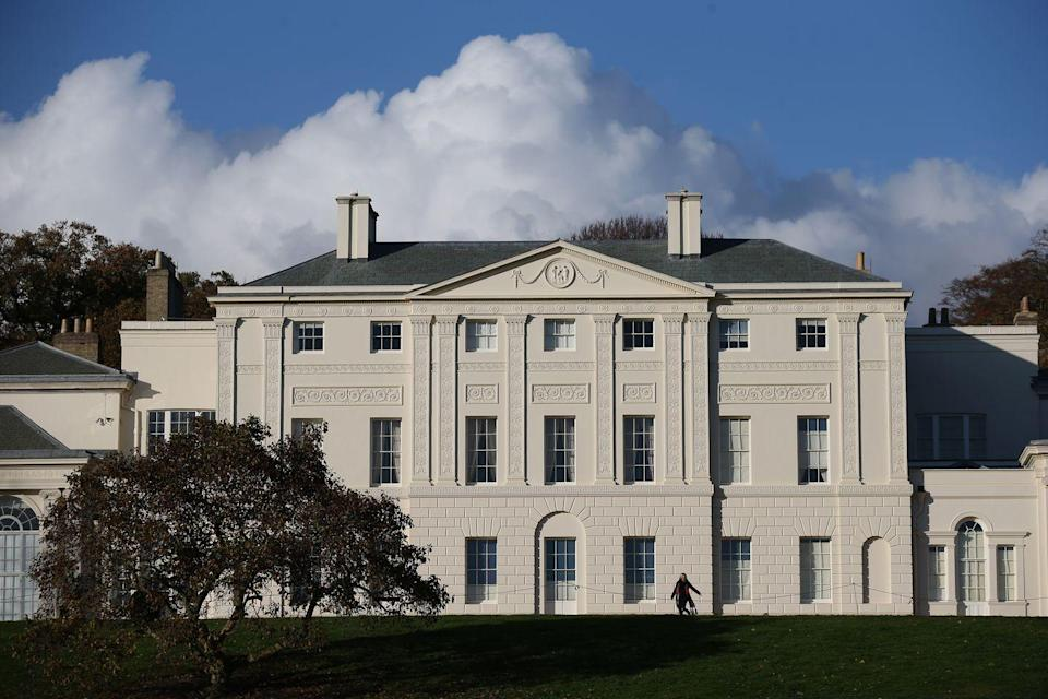 """<p>Although a house has stood on this property since the early 17th century, <a href=""""https://www.english-heritage.org.uk/visit/places/kenwood/"""" rel=""""nofollow noopener"""" target=""""_blank"""" data-ylk=""""slk:Kenwood House"""" class=""""link rapid-noclick-resp"""">Kenwood House</a> did not become an iconic neoclassical work until Robert Adam was hired by the Earl of Mansfield, William Murry, to remodel it in 1764. Adam added the library, designed the Ionic portico at the entrance, and modernized the interiors. </p>"""