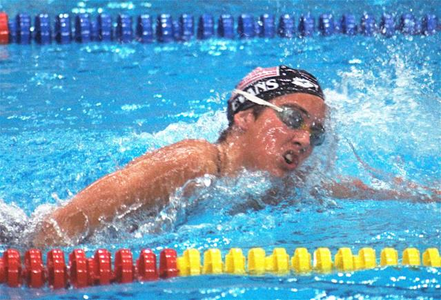 U.S. swimmer Janet Evans strokes her way to a win in a preliminary women's 400-meter freestyle race in Seoul September 22, 1988. (AP Photo/Eric Risberg)