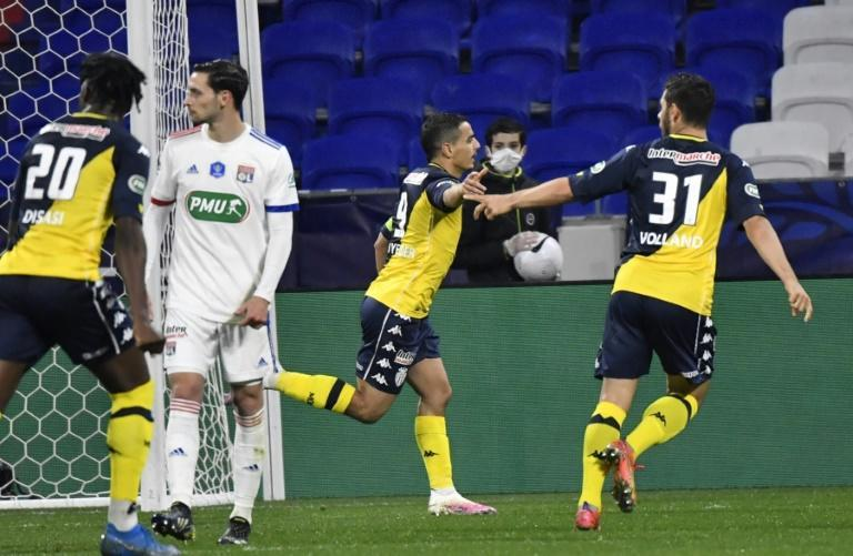 Ben Yedder (C) opened the scoring with a second-half penalty