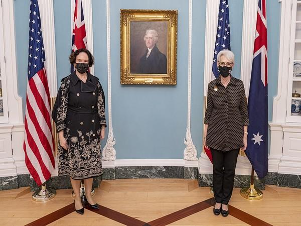 Deputy Secretary of State Wendy Sherman met with the Australian Secretary of the Department of Foreign Affairs and Trade (DFAT) Kathryn Campbell. (Photo Credit: Wendy Sherman Twitter)