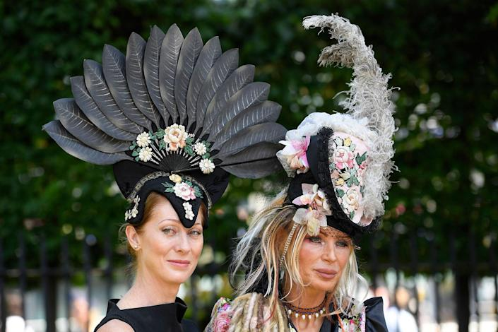 <p>Racegoers arrive at Ascot Racecourse for the Royal Ascot on June 20, 2017. (Toby Melville/Reuters) </p>