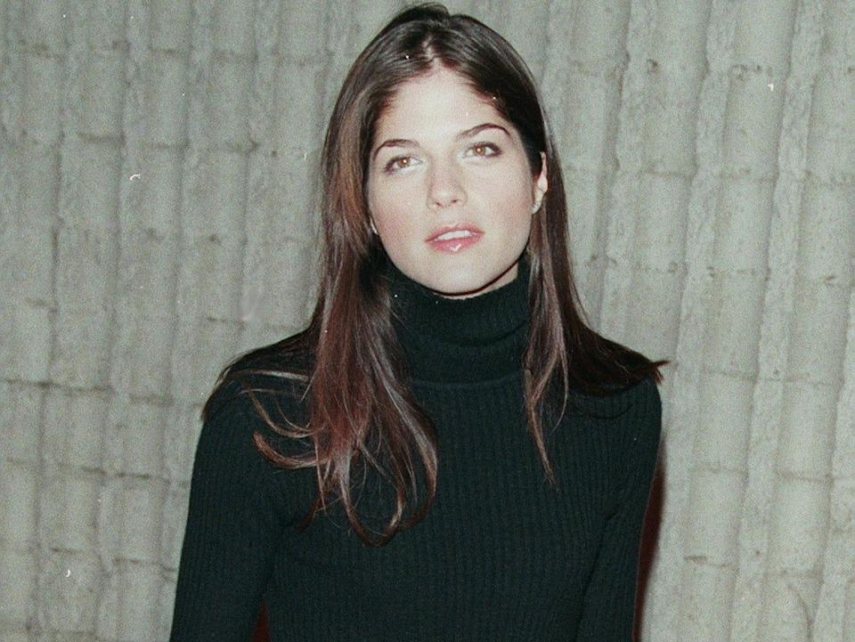 Selma Blair at the L.A. PREMIERE OF 'SCREAM 3' BY WES CRAVEN