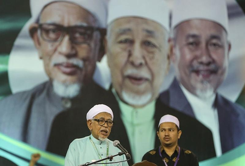 PAS leaders are under scrutiny after party president Datuk Seri Abdul Hadi Awang withdrew his defamation lawsuit against Sarawak Report's Clare Rewcastle-Brown over a 2016 article. ― Picture by Azneal Ishak