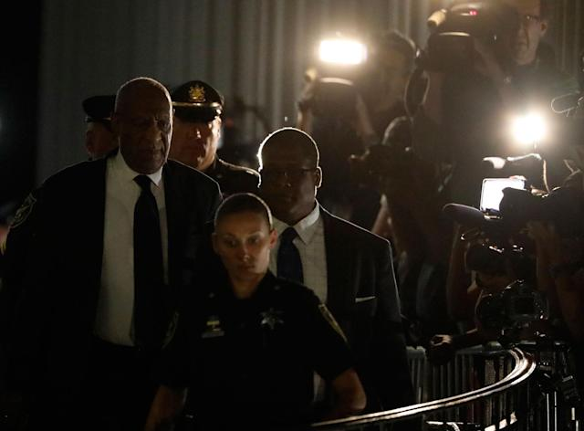 <p>Actor and comedian Bill Cosby (L) leaves Montgomery County Courthouse with his publicist Andrew Wyatt after a second day of deliberations in his sexual assault trial in Norristown, Pa., June 14, 2017. (Photo: Brendan McDermid/Reuters) </p>